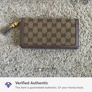 SOLD - Gucci wallet